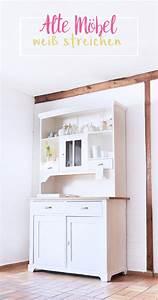Farbe Weiß Streichen : diy alte dunkle m bel mit wei er farbe streichen bonny und kleid ~ Whattoseeinmadrid.com Haus und Dekorationen