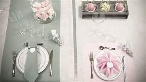 Nappe Rose Poudré : d coration de table couleur gris et rose pliage de serviette ~ Teatrodelosmanantiales.com Idées de Décoration