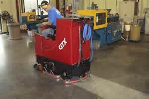 factory cat floor scrubber sweeper gtx rider scrubber sweeper
