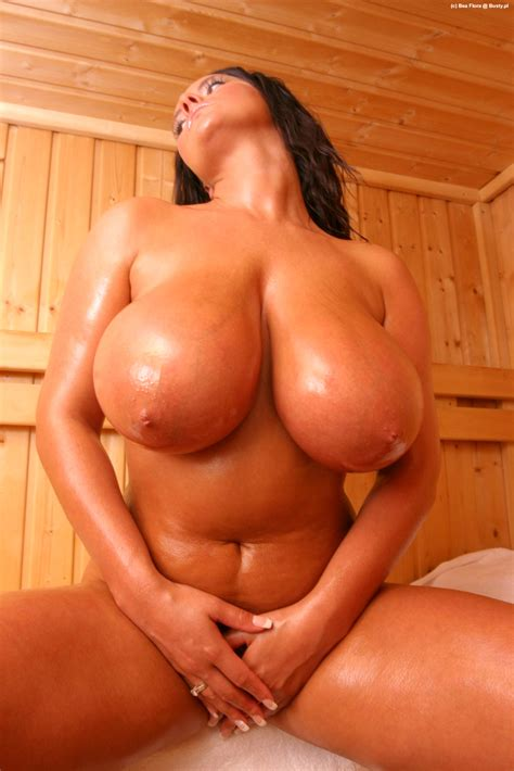 Bea Flora Oiled Tits Hot Naked Babes