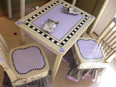 shabby chic childrens table and chairs shabby chic kids handpainted table and chairs etsykids