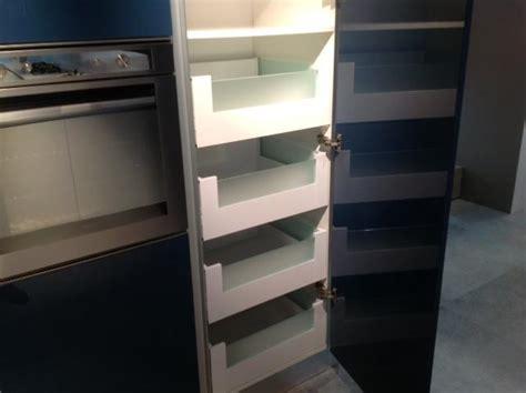 accessoire tiroir cuisine rangement mobilier cuisine lens tiroir placard plan