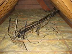 Orientation Antenne Tv : parabole sous la toiture 10 messages ~ Melissatoandfro.com Idées de Décoration