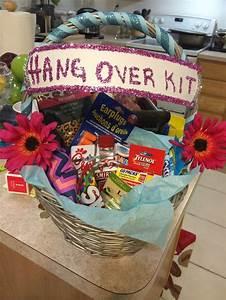 Best 25+ 21st birthday basket for girls ideas on Pinterest ...