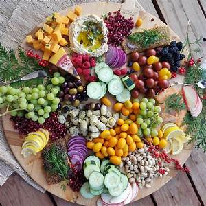 Party Snacks Vegetarisch : this seasonal party tray is an absolutely gorgeous way to eat clean clean food crush ~ Eleganceandgraceweddings.com Haus und Dekorationen