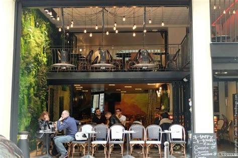 les petites ecuries paris restaurant reviews phone