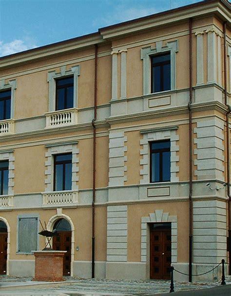 Cornici Marcapiano by Cornici Marcapiano M6 Decorativa Per Facciate