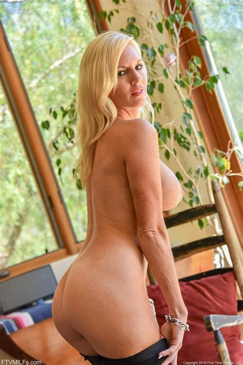 Busty Blonde Jewel Shows You Her Hot Pussy And Round Ass