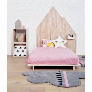 tapis nuage gris et rose chambre bebe With tapis chambre bébé avec bach gouttes