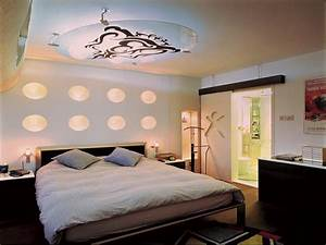 Master bedroom decorating ideas on