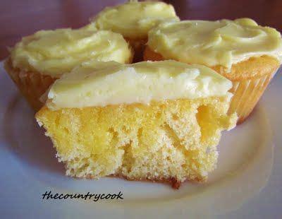 strawberry jell  poke cupcakes recipe yummy poke