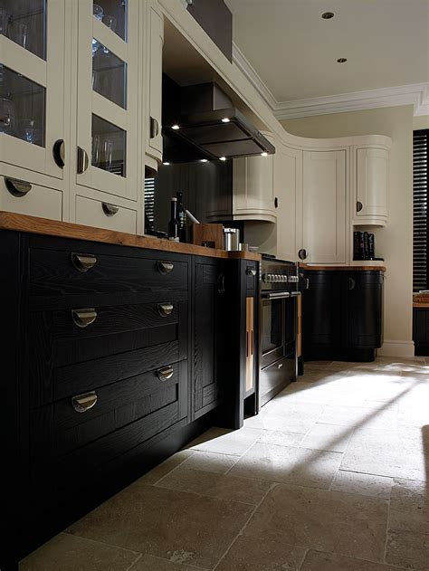 Woodbank Kitchens ? Northern Ireland Based Kitchen Design