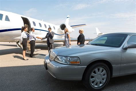 Limousine Airport by Airport Limousine Services In Seattle Bellevue And Tacoma