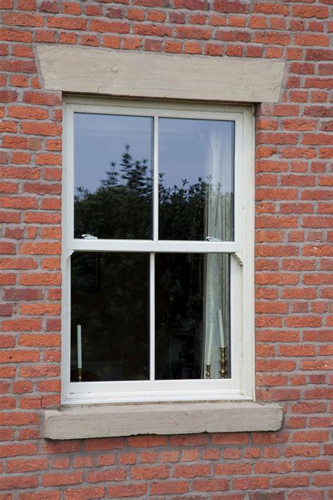vertical sliding sash windows  blackpool uk