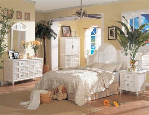 ideas  beach theme bedrooms  pinterest
