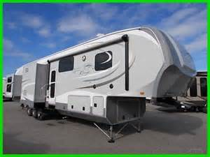 2014 open range open range rv 427bhs 2a new rear bunkhouse