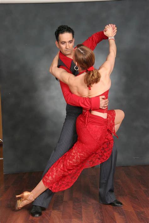 Tango Dresses - Guide to Tango Clothing and Fashion