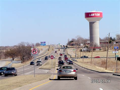 Lawton, Oklahoma   Driving east on Rogers Lane near 38th ...