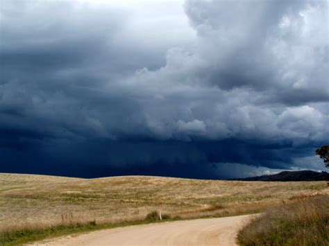Panoramio - Photo of Approaching storm