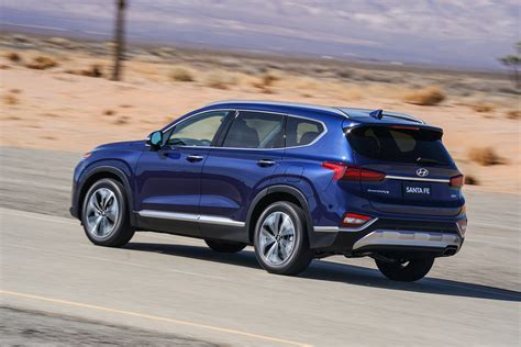Hyundai 2019 : The Bolder, Edgier 2019 Hyundai Santa Fe Arrives Stateside