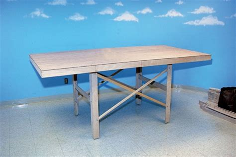 how to make a table l build a table for a small model railroad modelrailroader com