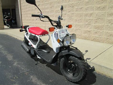 page    motorbikes scooters  honda