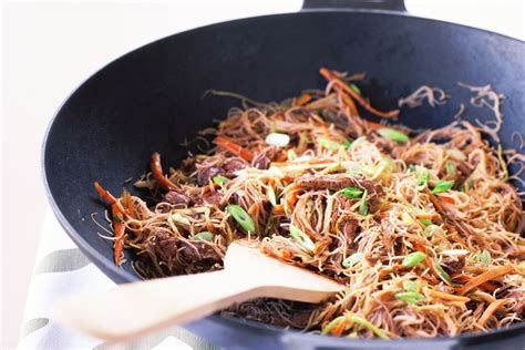 beef stir fry  rice noodles recipes deliciouscomau