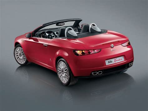 2006 Alfa Romeo Spider Specs, Pictures & Engine Review