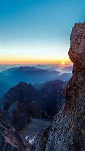 ma82-dawn-at-mars-mountain-nature - Papers co