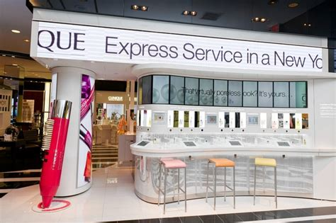 clinique redesigns sales space  include ipads