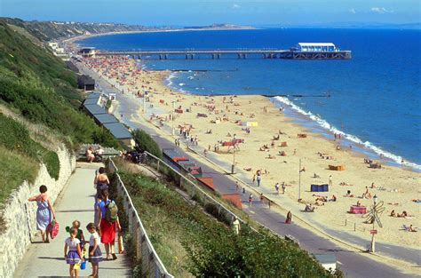 Top 21 Beach Home Decor Examples: Best Beaches In UK