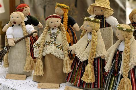 LATVJU LIETAS rada tekstila suvenīrlelles | Virtual Riga ...