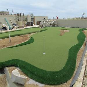 Rooftop Putting Green Installation | UltraBaseSystems®