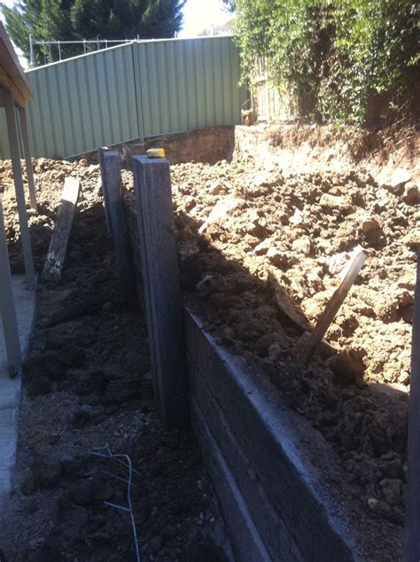 retaining wall with drainage pipe 17 best images about retaining wall paving on pinterest tans grey and drainage pipe