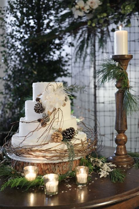 winter wedding cakes  love savvy chic avenue