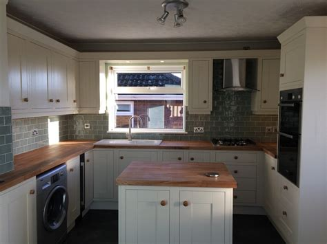 mr seconds kitchen cabinets second nature milton alabaster with oak worktops 3402