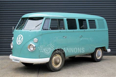 volkswagen kombi sold volkswagen kombi 39 window 39 van rhd auctions