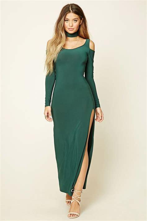 Dress Knit Choker a knit maxi dress featuring a choker neckline with a