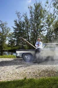 Fumée Noire Moteur Diesel : qu 39 est ce que la fum e grise d 39 un moteur diesel ~ Medecine-chirurgie-esthetiques.com Avis de Voitures