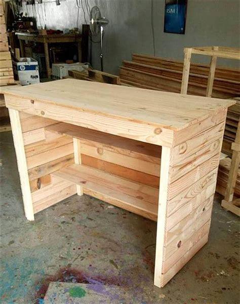 wood pallet desk pallet computer desk reception desk 99 pallets