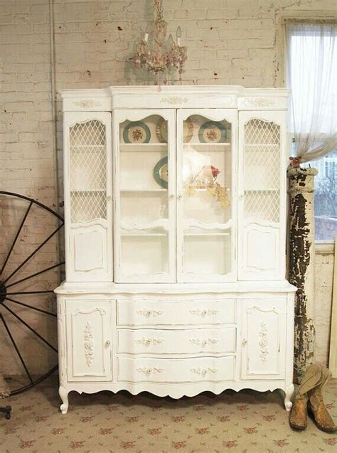 upcycled shabby chic furniture 956 best ideas about diy upcycled vintage furniture on pinterest painted cottage shabby and