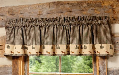 Northern Moose Plaid Valance