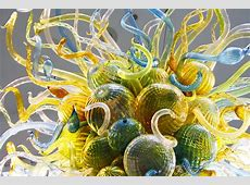 The Captivating Glass Art of Dale Chihuly