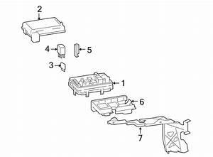 Pontiac Solstice Relay   Rear