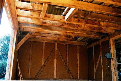 bureau bois m騁al charpentier traditionnel pan de bois bretagne 29