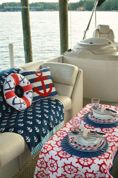 Trash Boat Ideas by 25 Best Ideas About Pontoon Boats On Pontoon