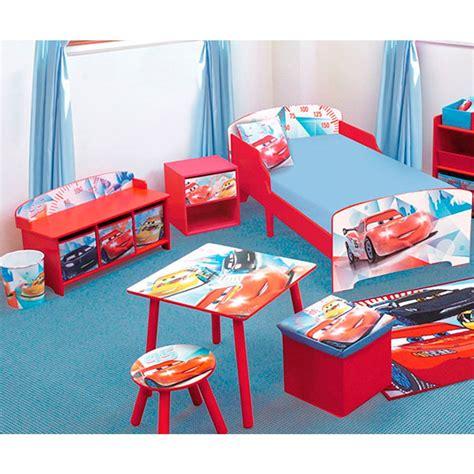 chambre cars disney banc et coffre de rangement cars racing disney