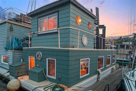 Pontoon Boat Rental Vancouver Wa by 17 Best Ideas About Floating Homes On Floating