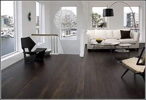 Bodenbelag Für Wohnzimmer : bodenbelag wohnzimmer beispiele wohnzimmer house und ~ Michelbontemps.com Haus und Dekorationen