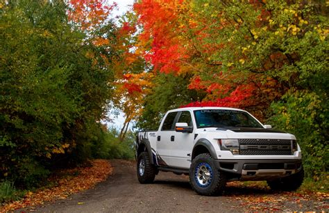 Awesome Car Wallpapers 2017 2018 School by 2018 Ford Raptor Wallpaper 70 Images